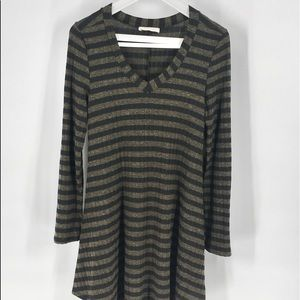 Anthropologie Entro Striped Sweater D…